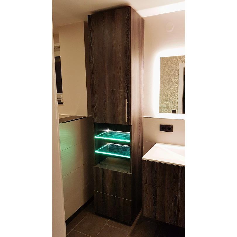 unsere tischler und schreiner fertigen individuelle badezimmerm bel. Black Bedroom Furniture Sets. Home Design Ideas